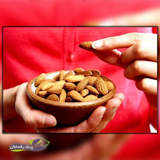 خطرات ناشی از مصرف زیاد بادام