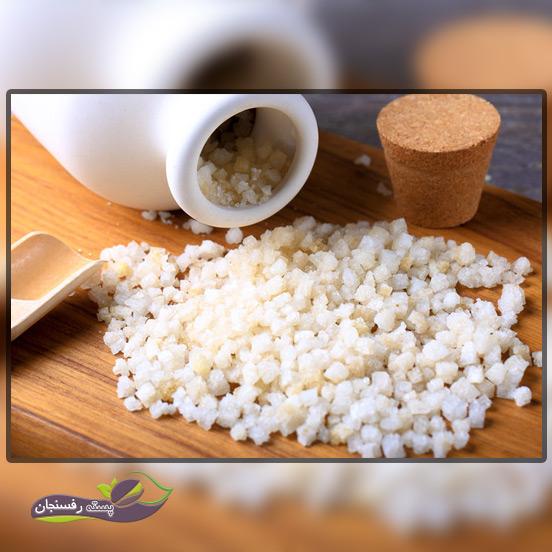 نمک اپسوم، رقیق شده در آب، حاوی منیزیم و گوگرد مورد نیاز