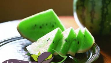 هندوانه سبز رنگ